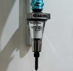 lens cleaner dispenser